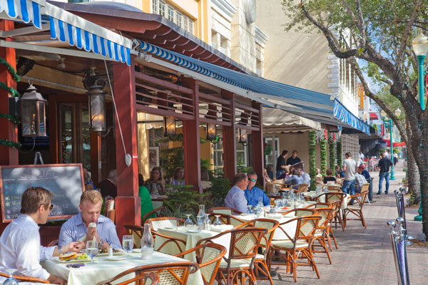 Fl Dining Al Fresco On Atlantic Avenue Delray Beach